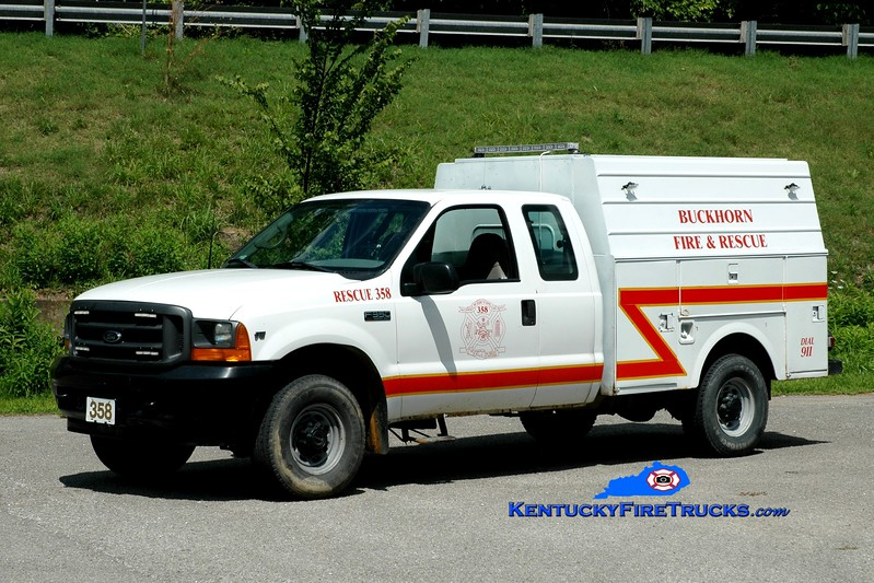 <center> Buckhorn  Rescue 358 <br> 2001 Ford F-350 4x4/Stahl <br> Greg Stapleton photo </center>