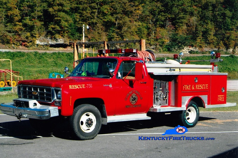 <center> Cornettsville  Rescue 756 <br> x-Hazard, KY <br> 1978 Chevy/E-One 250/250 <br> Greg Stapleton photo </center>