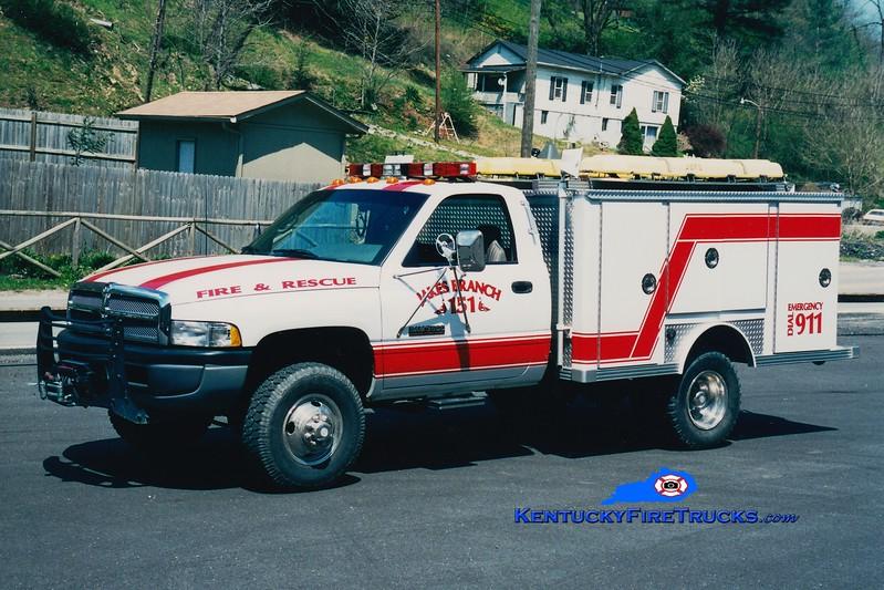 <center> RETIRED <br> Jakes Branch  Rescue 151 <br> 1993 Dodge 4x4/1979 E-One <br> Greg Stapleton photo </center>