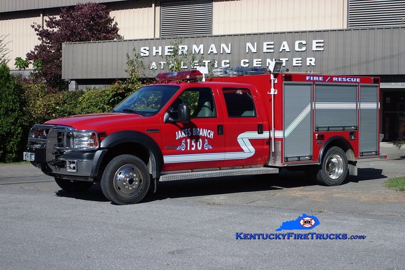 <center> Jakes Branch  Brush 150 <br> 2005 Ford F-550 4x4/Wynn CAFS/300/10 <br> Kent Parrish photo </center>