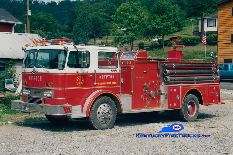 <center> RETIRED <br> Krypton  Engine 804 <br> x-Anderson, IN <br> 1971 International CO-8190/Howe 1000/500 <br> Greg Stapleton photo </center>