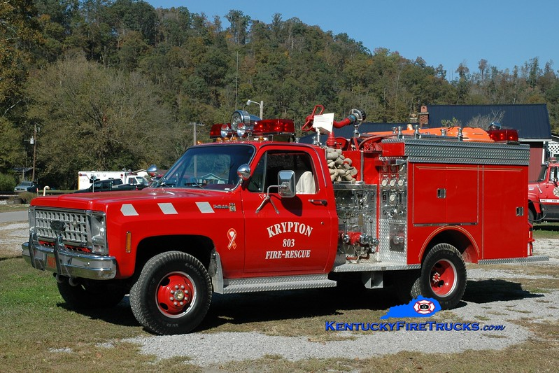 <center> Krypton  Engine 803 <br> x-Geneva, NY   <br> 1980 Chevy 4x4/Pierce 400/250  <br> Greg Stapleton photo </center>