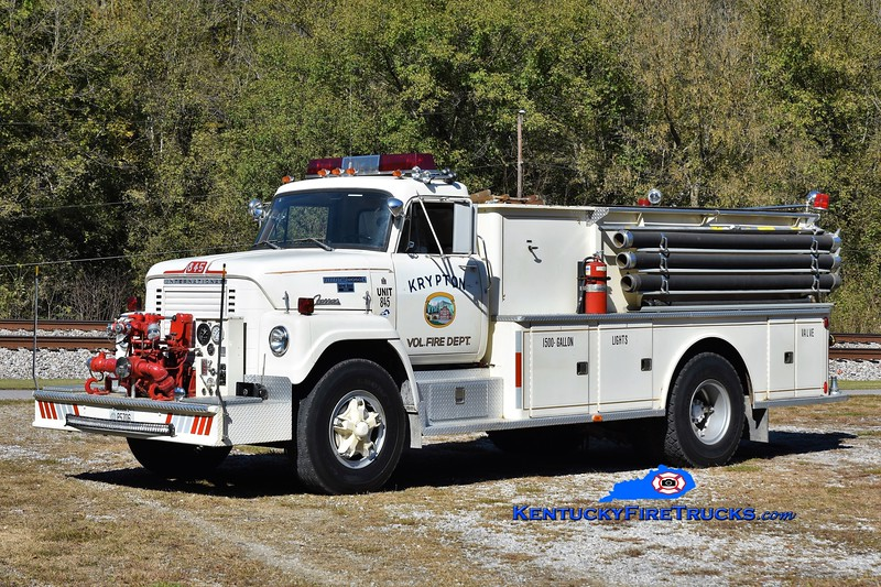 Krypton  Tanker 845<br /> x-Drakeville, CT<br /> 1975 International Fleetstar/Farrar 750-1500<br /> Kent Parrish photo