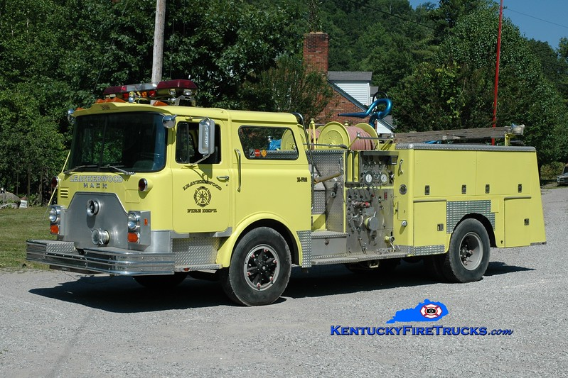 <center> Leatherwood  Engine 702 <br> x-Hillside, NJ <br> 1979 Mack CF 1250/750 <br> Greg Stapleton photo </center>