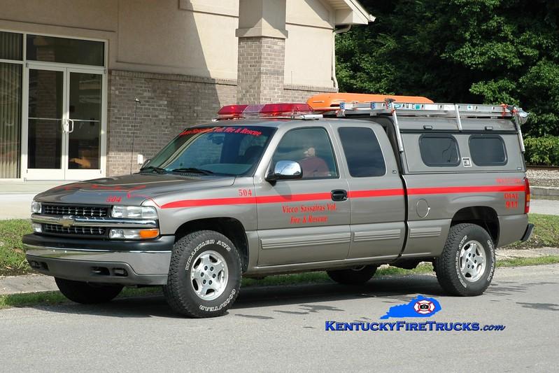 <center> Vicco-Sassafras  Rescue 504 <br> 2000 Chevy 1500 4x4 <br> Greg Stapleton photo </center>