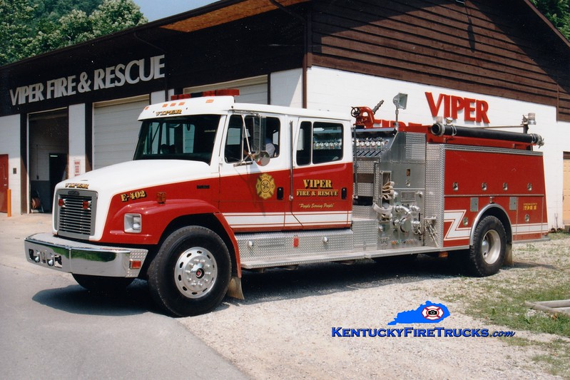 <center> Viper  Engine 402 <br> 1994 Freightliner FL80/KME 1250/750  <br> Greg Stapleton photo </center>