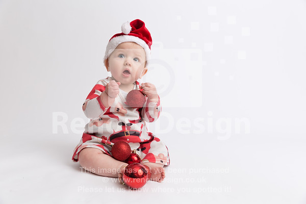 15 - Mia First Christmas