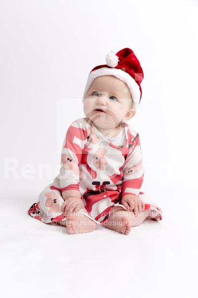 04 - Mia First Christmas