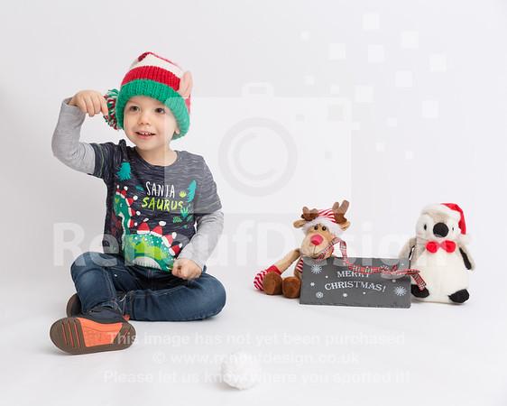 10 - Mia First Christmas