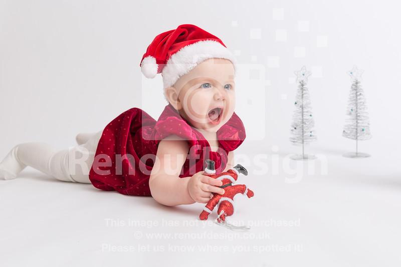 06 - Mia First Christmas