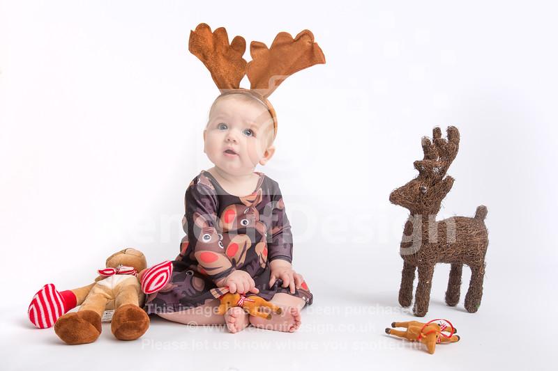 02 - Mia First Christmas