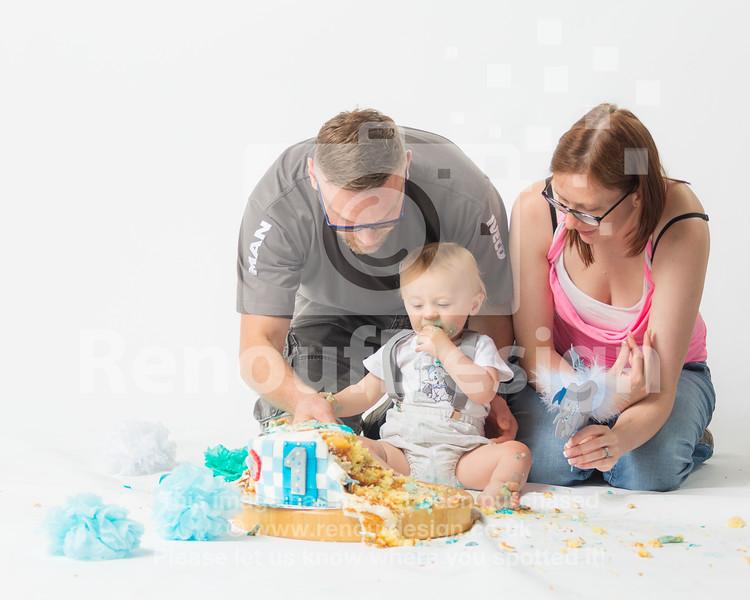 15 - Teddy's Cake Smash