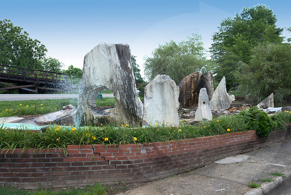 Pickens_Rock Fountain_4061