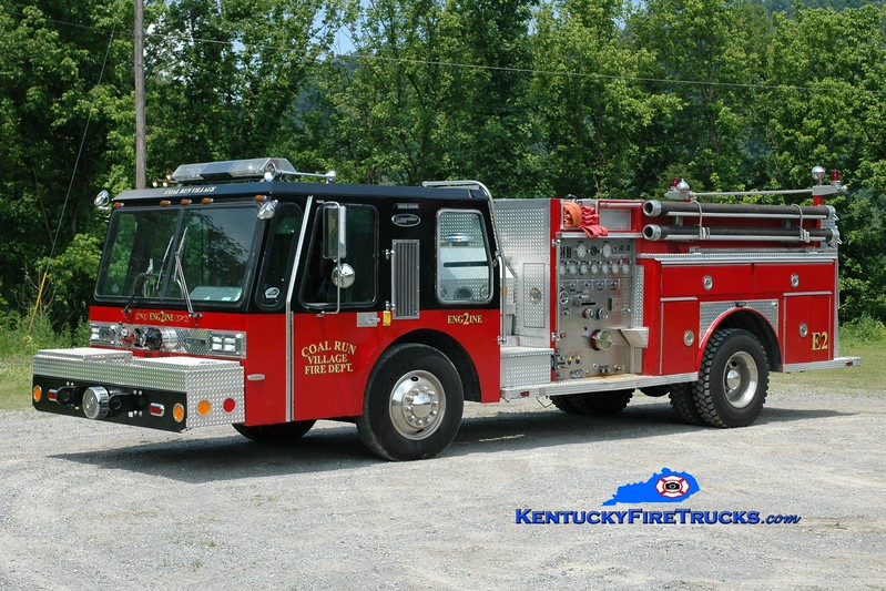 <center> RETIRED <br> Coal Run Village Engine 2  <br> x-Chicago, IL <br> 1985 E-One Hurricane 1250/500 <br> Greg Stapleton photo </center>