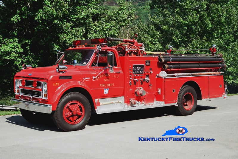 <center> Elkhorn City  Engine 1  <br> 1970 Chevy C60/Sutphen 750/500 <br> Greg Stapleton photo </center>