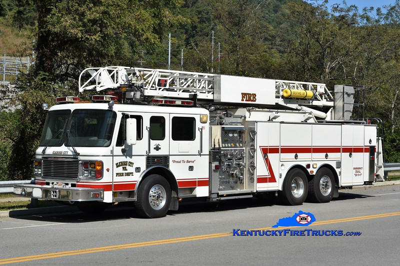 Elkhorn City  Ladder 1<br /> x-Lake County, CA <br /> 2000 American LaFrance Eagle/LTI 1500/400/20/75' <br /> Greg Stapleton photo