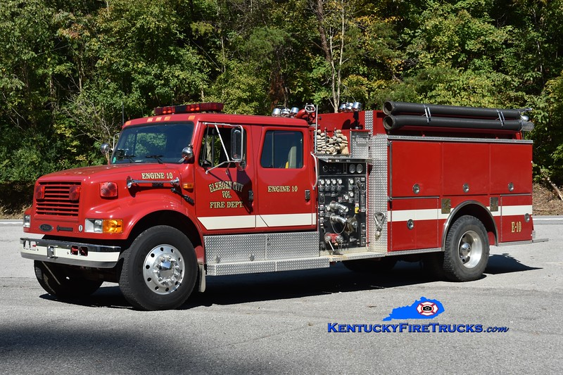 Elkhorn City Engine 10<br /> x-Ferrell's Creek, KY <br /> 1994 International 4900/Pierce 1250/1200<br /> Greg Stapleton photo
