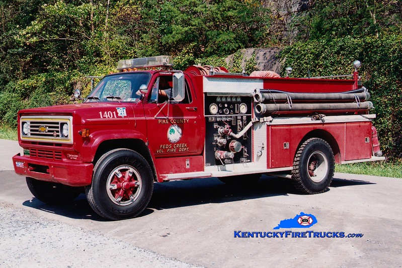 <center> Feds Creek  Engine 1  <br> 1979 Chevy C60/Pierce 1000/750 <br> Greg Stapleton photo </center>