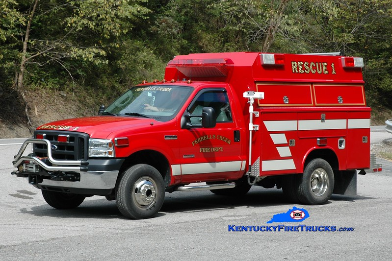 <center> NOW WITH ELKHORN CITY <br> Ferrells Creek  Rescue 1  <br> 2005 Ford F-350 4x4/Fouts Bros <br> Greg Stapleton photo </center>