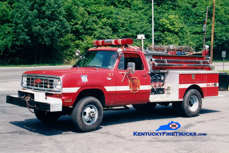 <center> John's Creek  Squad 2 <br> 1974 Dodge 4x4/Pierce 300/250 <br> Greg Stapleton photo <br> </center>
