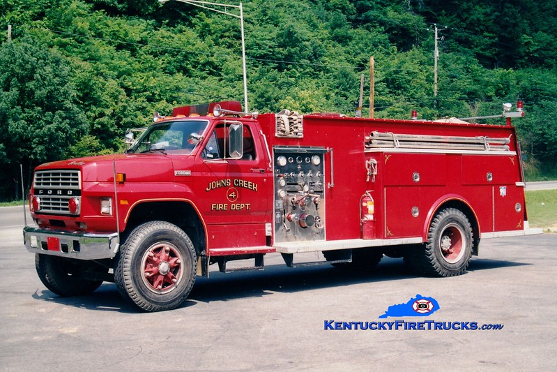 <center> John's Creek  Tanker 4 <br> 1983 Ford F/Allegheny 750/1250 <br> Greg Stapleton photo <br> </center>