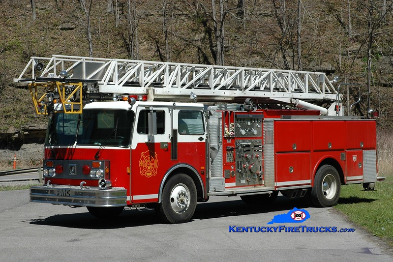 Phelps  Ladder 1<br /> x-Peachtree City, GA & Belfry, KY <br /> 1983 Spartan/FMC/LTI 1500/300/75'<br /> Greg Stapleton photo