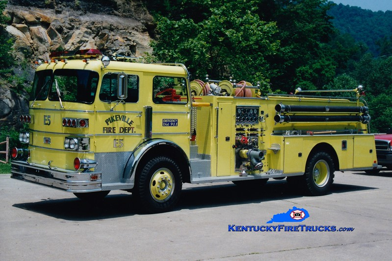 <center> RETIRED <br> Pikeville  Engine 5  <br> 1974 Sutphen 1000/750 <br> Greg Stapleton photo </center>