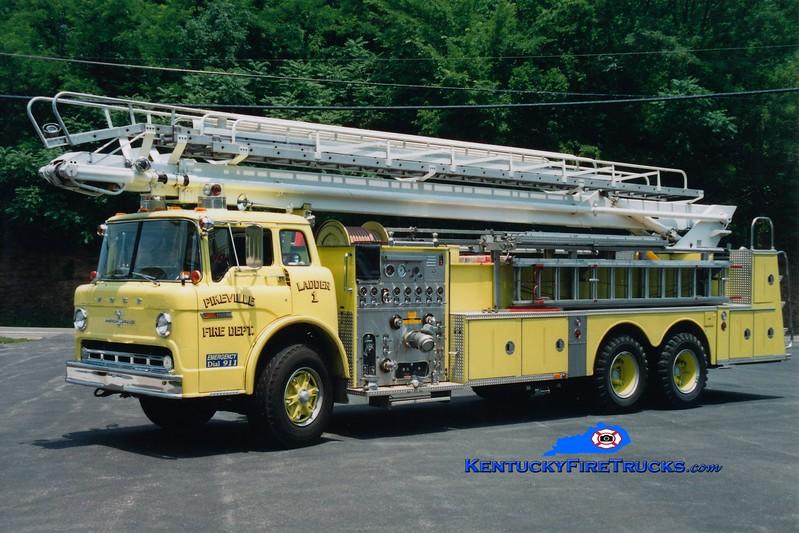 <center> RETIRED <br> Pikeville  Ladder 1  <br> 1979 Ford C/American LaFrance 1000/300/75' Telesqurt <br> Greg Stapleton photo </center>