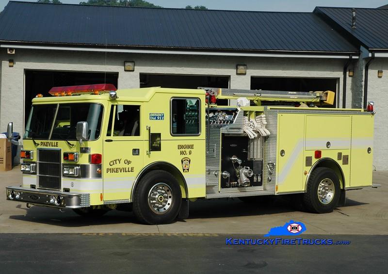 <center> Pikeville  Engine 9  <br> 1995 Pierce Dash D-8000 1500/750 <br> Greg Stapleton photo </center>
