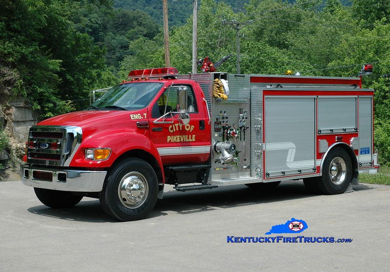 <center> Pikeville  Engine 7  <br> 2006 Ford F-750/Wynn 1250/1000 <br> Greg Stapleton photo </center>