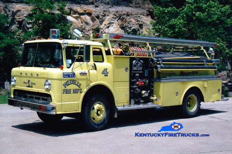 <center> RETIRED <br> Pikeville  Engine 4  <br> 1968 Ford C/Boardman 750/500 <br> Greg Stapleton photo </center>