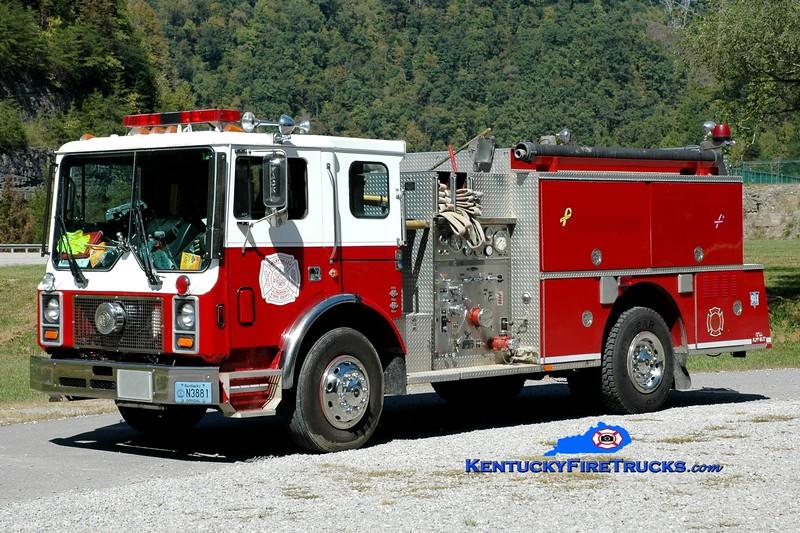 <center> Shelby Valley  Engine 1  <br> x-Tallahassee, FL <br> 1988 Mack MC/Quality 1000/750 <br> Greg Stapleton photo </center>