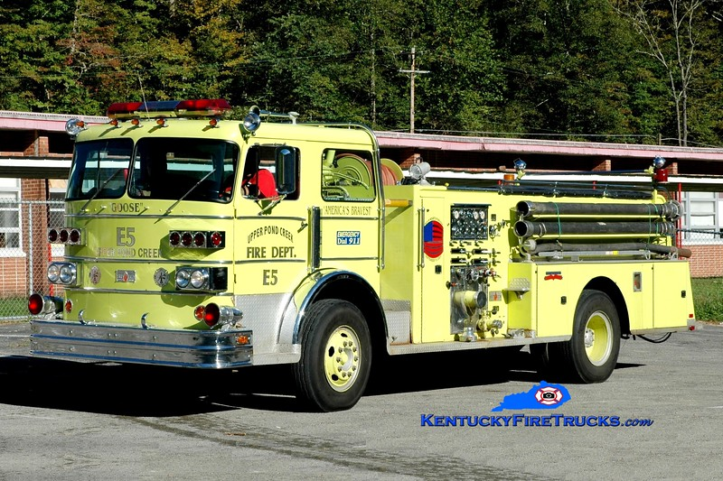 <center> Upper Pond Creek  Engine 5  <br> x-Pikeville, KY <br> 1974 Sutphen 1000/750 <br> Greg Stapleton photo </center>