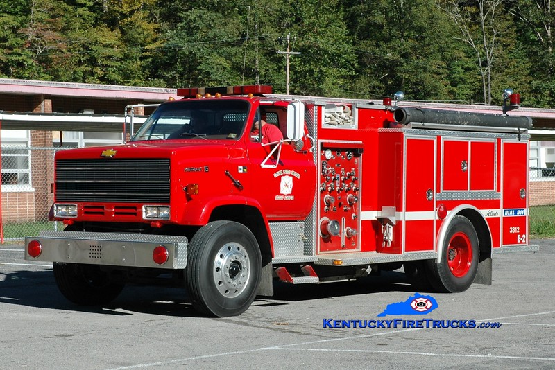 <center> Upper Pond Creek  Engine 2  <br> 1990 Chevy Kodiak/Alexis 1000/1500 <br> Greg Stapleton photo </center>