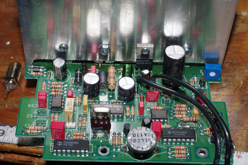 On the heatsink, the 18V regulator that powers the control circuits. This circuitry is always live - the power switch controls low voltage power only.