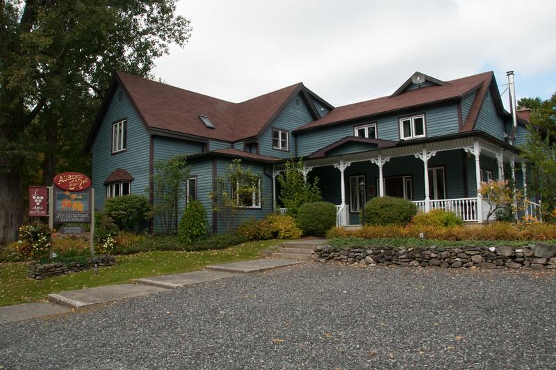 2009-September-19-Eastern Townships - Saturday-17