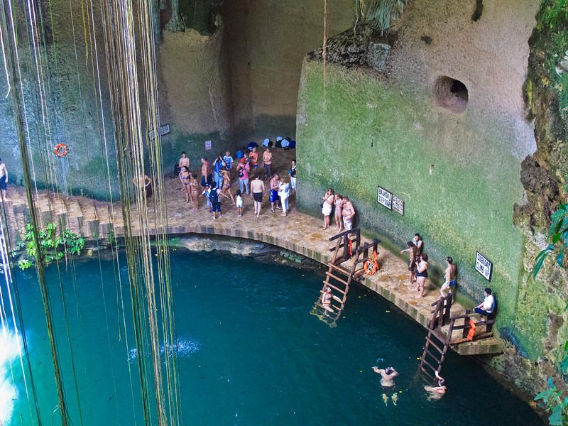 Ik Kil Cenote-19