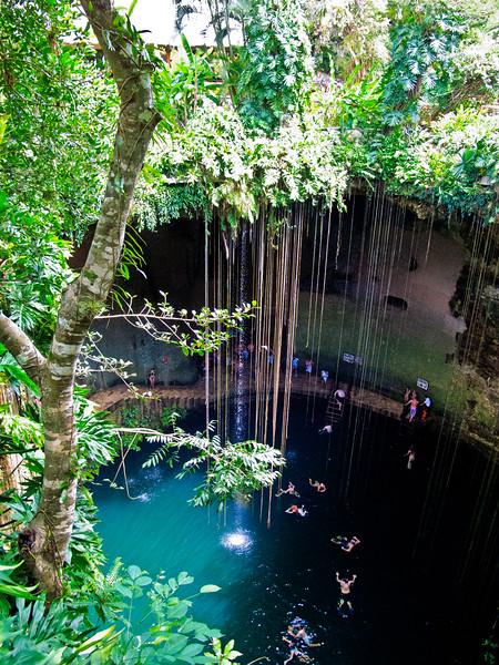 Ik Kil Cenote-13