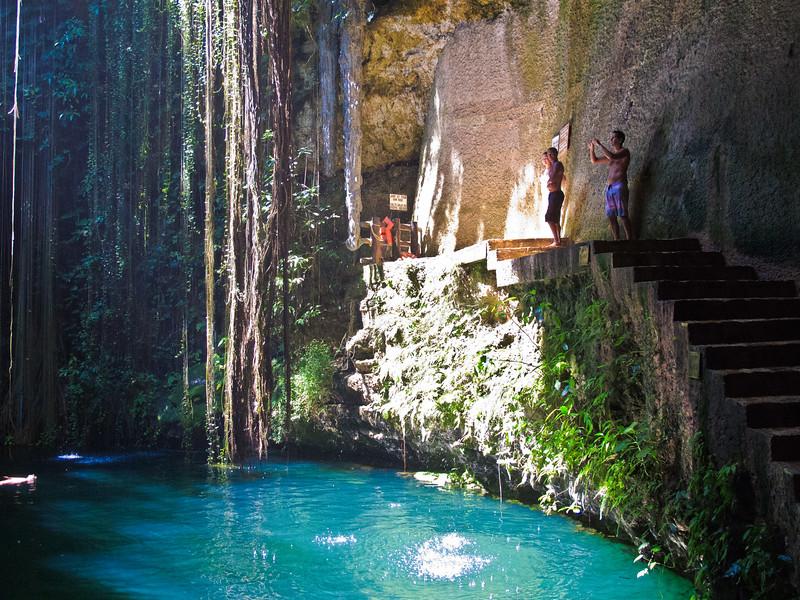 Ik Kil Cenote-28