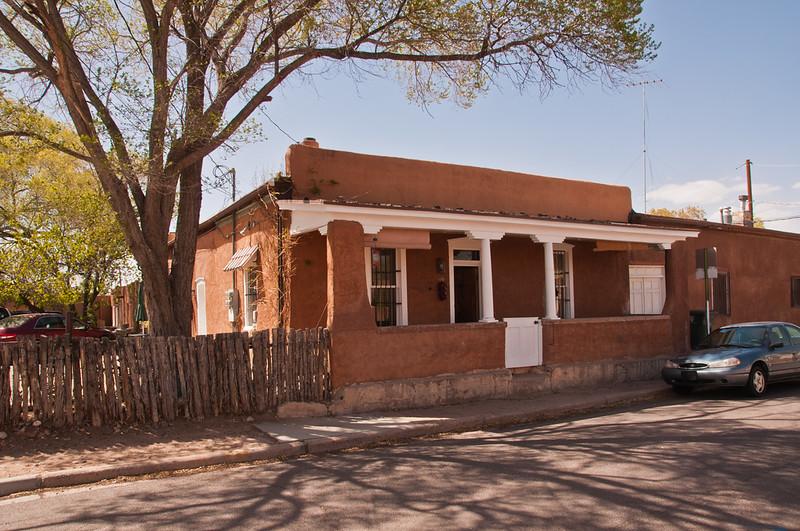 Santa Fe House (1 of 2)