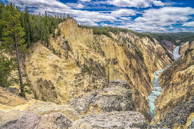 Yellowstone National Park - Grand Canyon of the Yellowstone