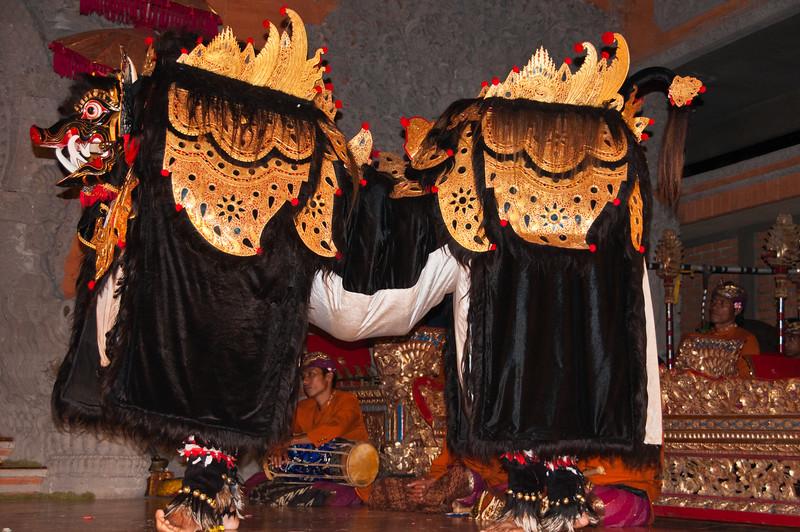 Bali - Legong and Barong (53 of 59)