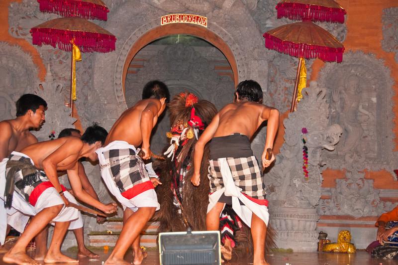 Bali - Legong and Barong (55 of 59)