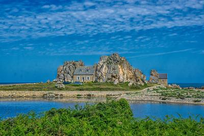 Around Castel Meur