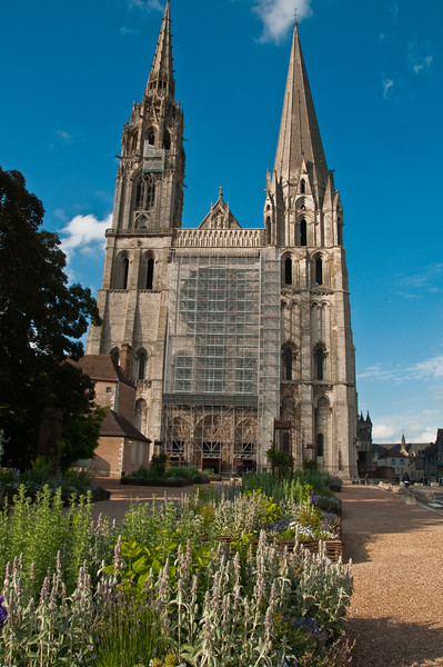 Chartres-64