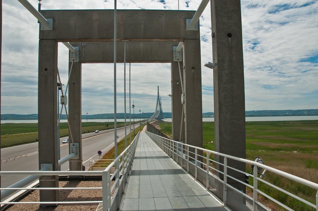 Pont du Normandy-10