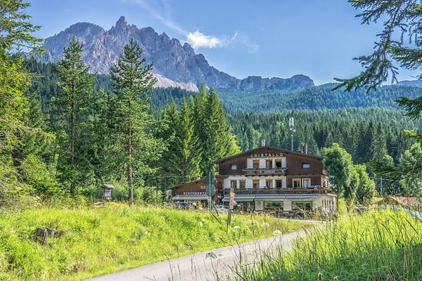From Hotel Cristallo to Passo Tre Croci