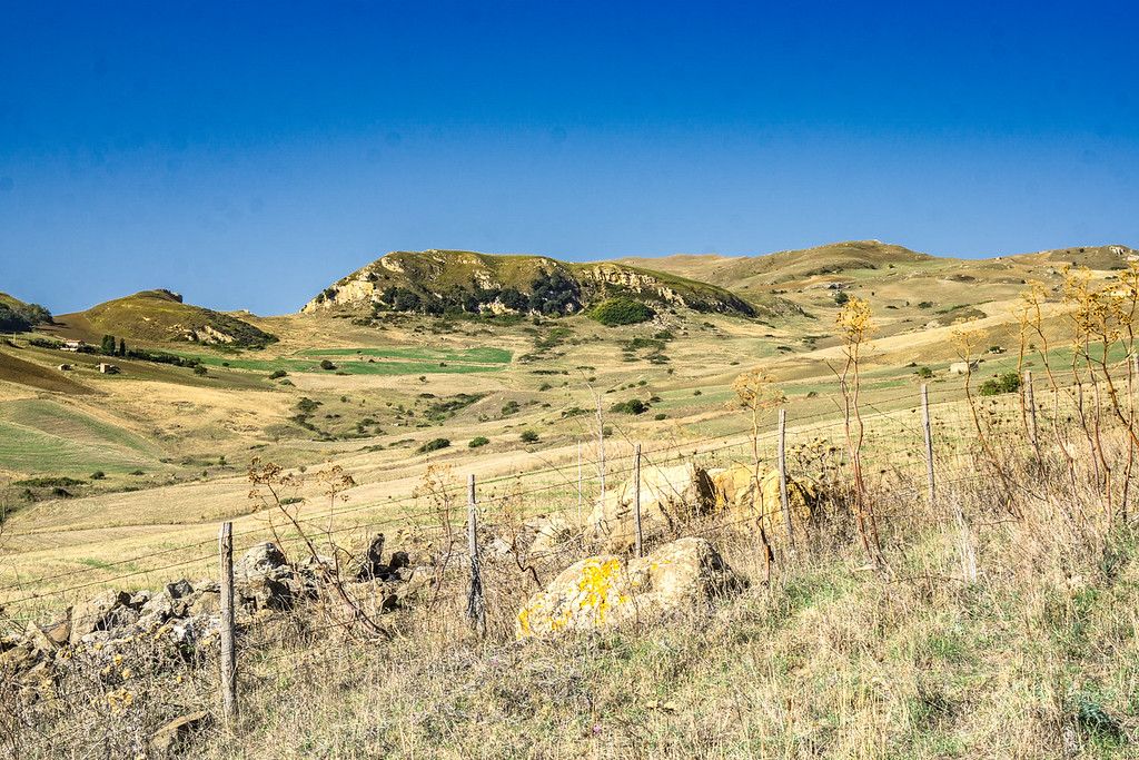 Walking from near Gangi to Geraci Siculo
