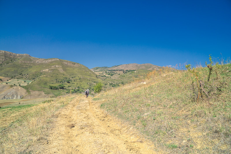 Walking from Villadoro to Gangi