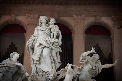 Santa Maria della Salute - interior